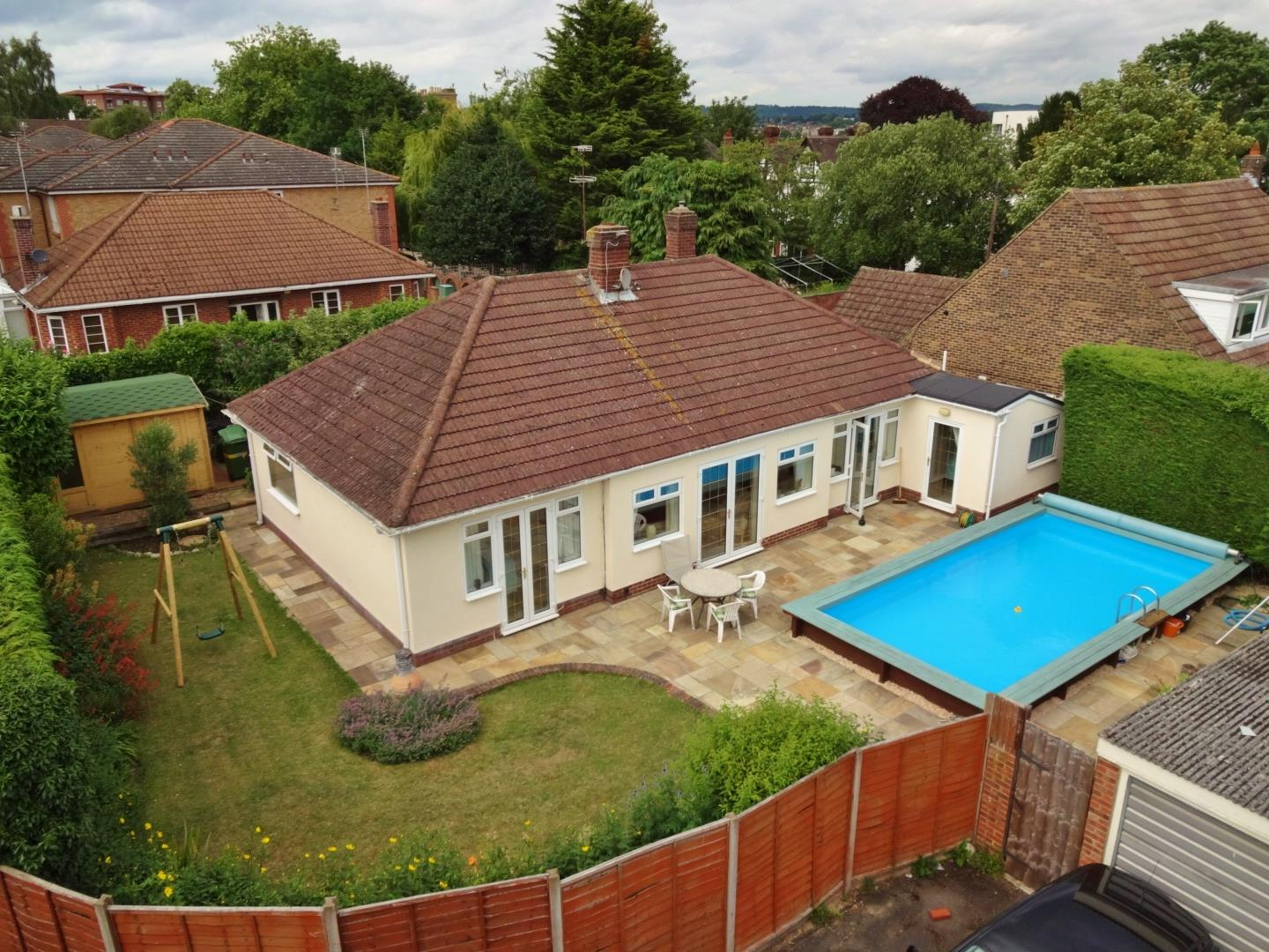 3 Bedrooms Detached Bungalow for sale in White Rock Place, Maidstone